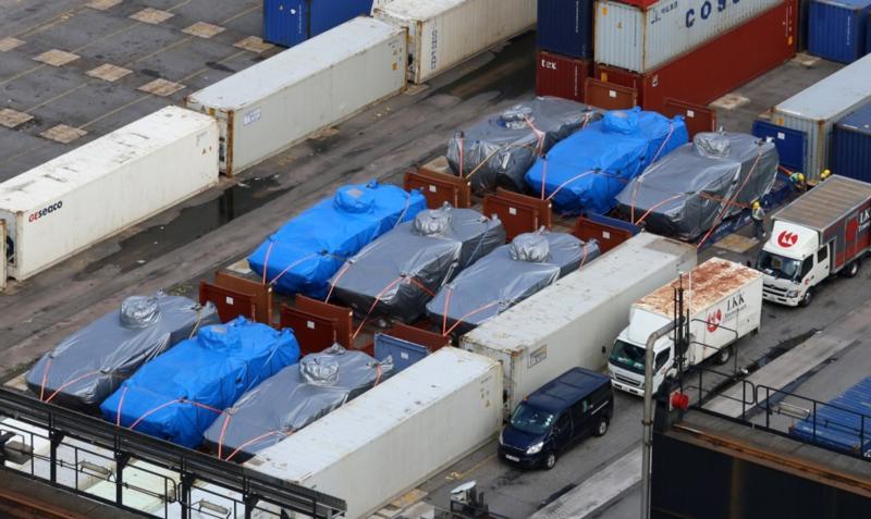中国新加坡翻脸?战车滞港事件波及台湾