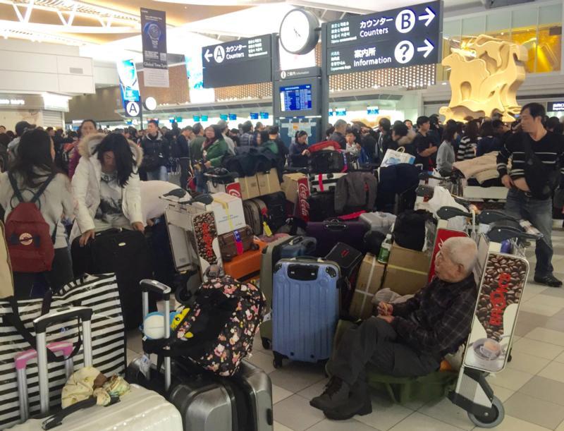 北海道机场暴雪事件掀风波