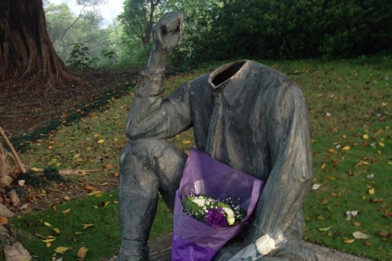 台湾日殖塑像被斩首背後