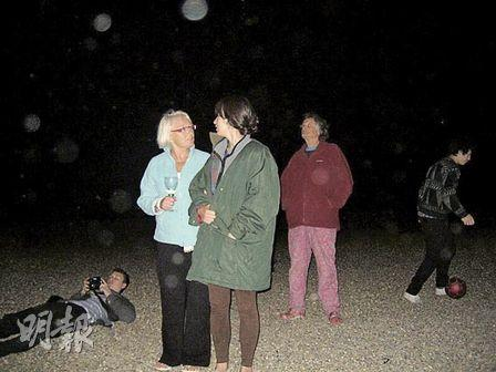 Emma (in green jacket) went to Aldeburgh with her aunt for her birthday.
