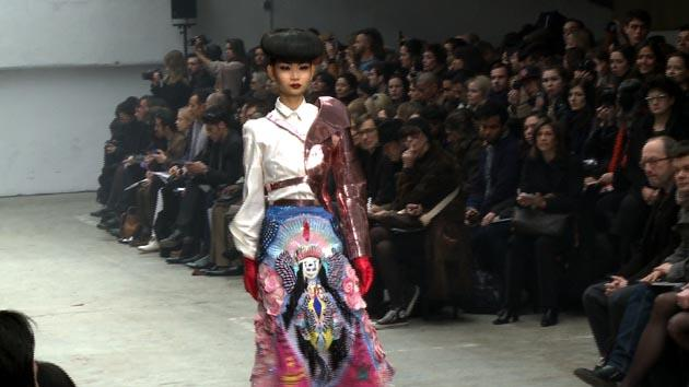 Manish Arora Fashion Show - Autumn Winter 2011/12 (法新社)