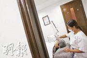 有人會選擇以醫學美容來改善膚質及體態,但卻有可能出現不可預期的風險。