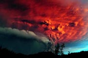 A cloud of ash billowing from Puyehue volcano near Osorno in southern Chile, 870 km south of Santiago, on June 5, 2011. AFP Photo