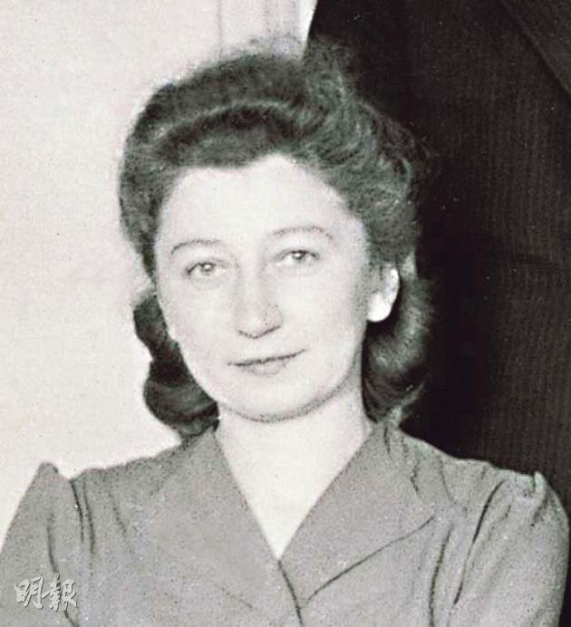 Miep Gies became a close friend of the Frank family after they moved to Amsterdam and she started working for Otto Frank's company.