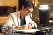 趙增熹對墨水筆的情意結,源自太太贈他的結婚禮物,一直沿用至今,「寫」下他們之間不少愛的見證。(攝影:孫華中)