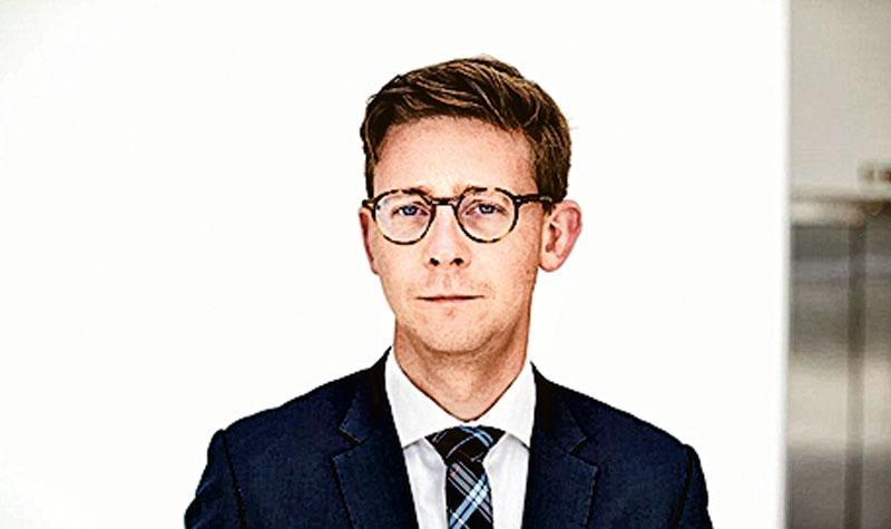 丹麥稅務大臣勞里岑(Karsten Lauritzen)稱,我們必須拘捕將財富藏於巴拿馬等國的人,因此我們認為花錢買資料是明智的決定。