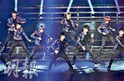 韓國組合EXO(圖)下月來港舉行演唱會,有女子早前在網上以2300元購買一張門票,但付款後對方失去聯絡。(資料圖片)