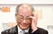 教育局長吳克儉昨首次表明卸任後將退休,稱自己「頭髮白了許多」,要多做運動。昨天所見,吳克儉的白髮的確較上任初期多。(曾憲宗攝)