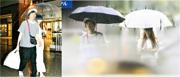 《週刊文春》偷拍AKB48成員小嶋菜月拍拖睇戲,男友渕野右登驚覺戀情曝光,竟然撇下女友獨自離去。