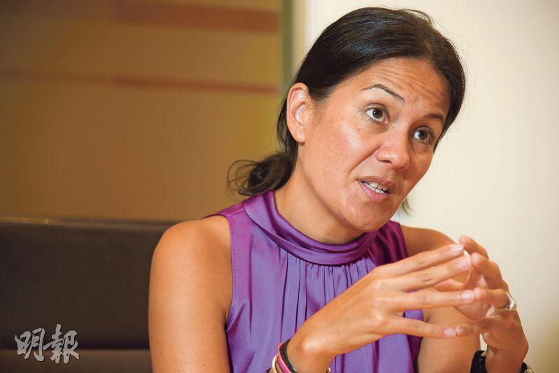 富達股票投資總監Catherine Yeung指,中央鼓勵本土企業在消費市場壯大,騰訊及阿里均是該國策的受惠股。(黃志東攝)