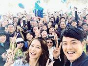蕭正楠與女友黃翠如以情侶檔出席TVB的宣傳活動,大受歡迎。(網上圖片)