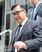 獲撒銷控罪的徐傳順(圖)在庭外表示,撤控反映香港法治公平公正,並感謝家人一直以來的支持和包容。(楊柏賢攝)