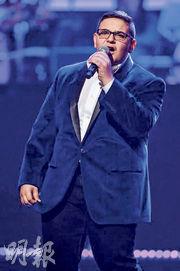 參加本季「全美一叮」憑歌聲一鳴驚人的17歲美國青年瓜爾迪諾(Christian Guardino,圖)是臨牀測試的得益者之一。(facebook圖片)