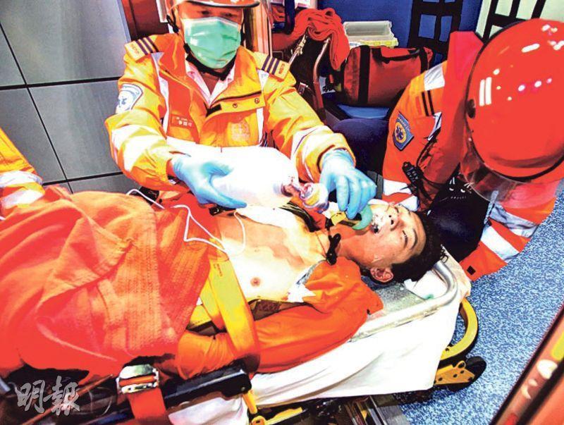 3月29日港珠澳大橋一個臨時工作台倒塌致兩死三傷,圖為當時一度墮海失蹤的22歲尼泊爾裔工人Gurung Anel,獲救時已昏迷,送院後不治。(資料圖片)