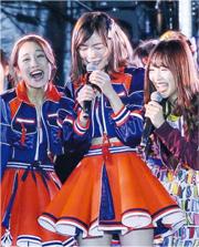 SKE48出道10周年,松井珠理奈(中)一時感觸,忍不住爆喊。