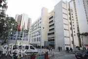 位於九龍灣啟業邨的香港青少年軍總會大樓原為空置校舍,用了逾一年籌備及改建,昨正式開幕。大樓內設有障礙訓練場、室內靶場等訓練設施,總面積約5000平方米。(曾憲宗攝)