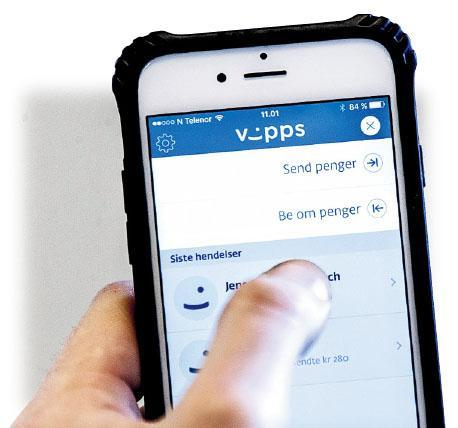 挪威乞丐適應現代人少帶現金的趨勢,開始採用Vipps電子支付程式接受施捨。(網上圖片)
