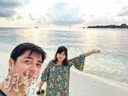 何啟南大曬與太太楊穎靜到意大利的蜜月照賀結婚一周年。(網上圖片)