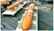 中國研製的深海滑翔機在海上測試,最大潛深達到8213米。(網上圖片)