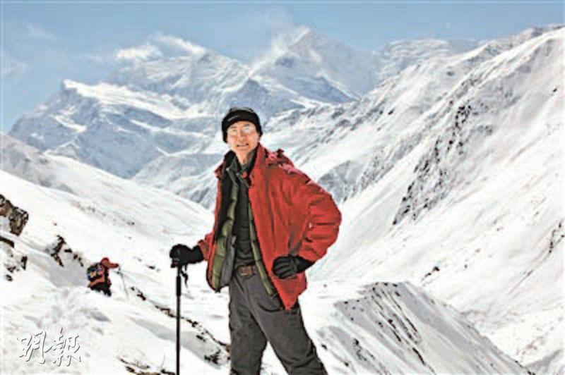 深圳市一名攝影家孫成毅過去20年徒步走遍海拔8000米以上的喜馬拉雅山脈,拍攝14座山峰。(網上圖片)