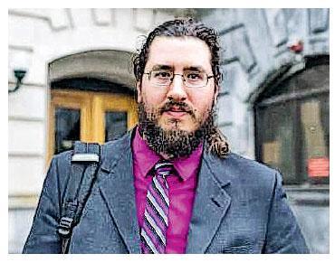 30歲的美國男子邁克爾(圖)「三十不立」,周二被法官判處必須搬離父母家中出外自立。(網上圖片)