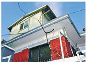韓國天台屋一般夏熱冬寒,甚至供水不穩,多數為經濟欠佳者居住。圖為首爾市長這次入住的天台屋。(網上圖片)