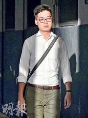 陳浩天昨午向本報表示,已經完成發言講稿,內容會觸及香港民族主義。圖為他應本報要求,昨午在旺角拍照。(鄧宗弘攝)