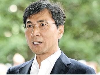 韓國前忠南知事安熙正
