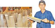 「金合利鋼刀」老闆吳增棟稱,他們生產的刀具,全是用炮彈殼做的。這種刀現在成為金門特產。(李泉攝)