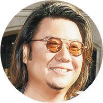 關凱文(Kevin Kwan)