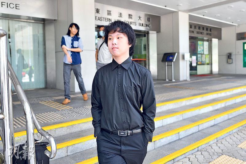 16歲少年劉康早前被裁定管有仿製火器罪成,昨被判感化令18個月,其間需接受心理輔導和參與小組計劃活動。(資料圖片)