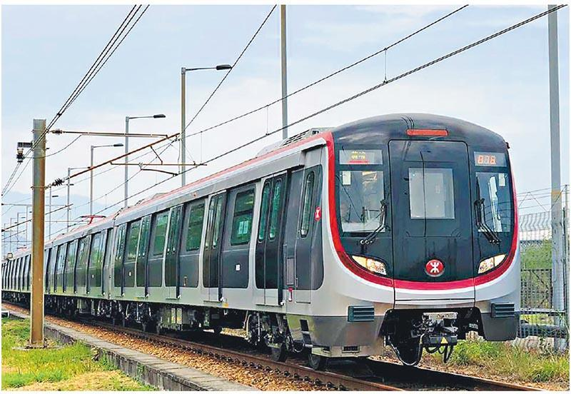 港鐵2015年7月宣布斥資約60億元,向中國南車四方股份公司(中國南車)購買93列8卡車廂列車Q-train(圖),當中新列車設有新信號系統的設備房,原計劃配合新信號系統於2018年陸續投入服務,但目前預料需押後新列車投入服務的時間。(港鐵facebook圖片)