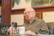 胡應湘談到,香港在未來40年,應該加入大灣區發展,並且需要填海增加更多土地處理市民居住問題,解決貧富懸殊,同時當更多內地及外資前來發展時,香港有足夠的土地供人家落腳。(李紹昌攝)