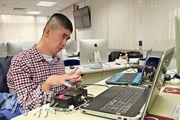 患有大腦麻痺症的張世豪用了一年半時間研發協助肢體殘障人士使用的電腦聲控軟件「CP2JOY」。他現正計劃成立社企,將軟件產業化。(曾憲宗攝)