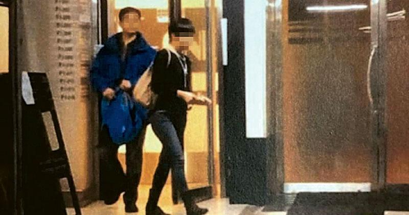 警隊內部流傳,一名已婚保安部警司涉帶同另一名已婚女伴出入安全屋,過程被私家偵探拍下。