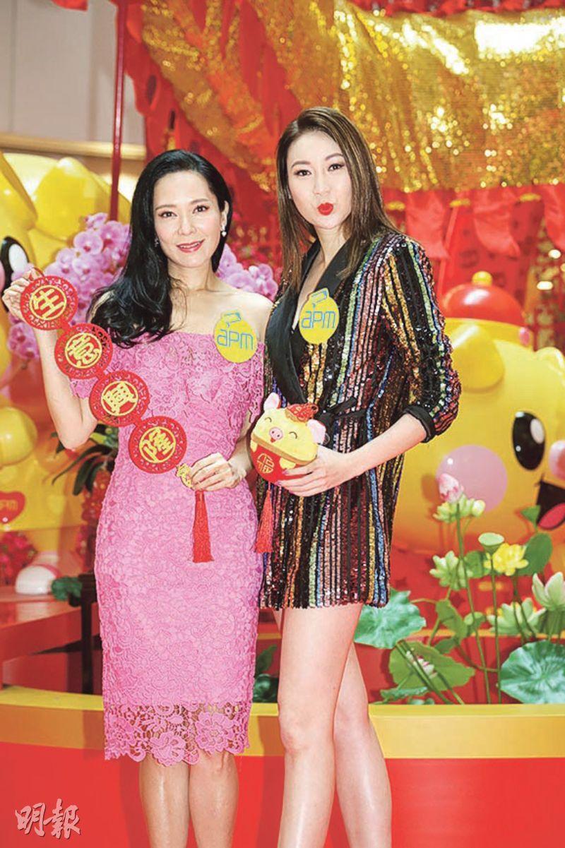 郭羨妮(左)與莊思敏昨日到商場出席新春活動。(攝影/記者:林祖傑)