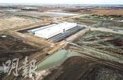 圖為富士康在美國威州新建的一座廠房。(新華社)