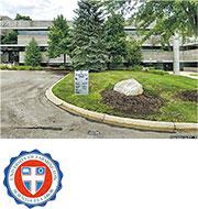 假大學「法明頓大學」在密歇根州法明頓山設有辦事處。小圖為「法明頓大學」的校徽。(網上圖片)