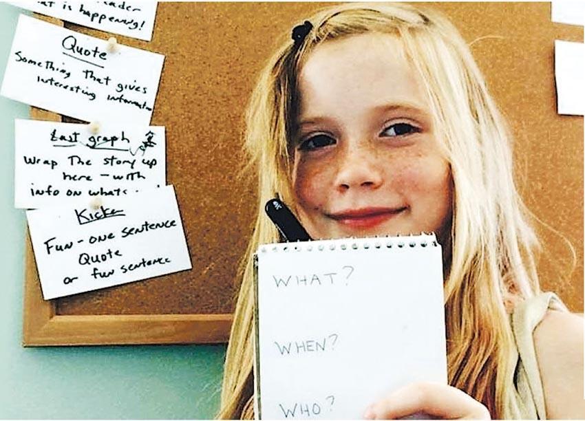 12歲利西亞克已有4年記者資歷,新聞基本「5個W和1個H」(When(何時)、Where(何地)、Who(何人)、What(何事)、Why(為何),以及How(如何),難不倒她。(網上圖片)