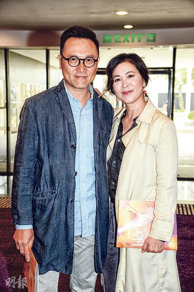 潘燦良(左)與女友蘇玉華表示將會情侶檔演出舞台劇,今年12月更有大計劃。(攝影:劉永銳)