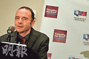 全球首宗愛滋病「治癒」個案追溯至2008年,當事人布朗當時在柏林接受治療。圖為布朗2012年7月在華盛頓宣布成立基金希望幫助其他愛滋病患者。(法新社)