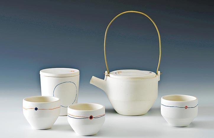 (1) 公開組冠﹕陳卓甄《相遇》 - 拉坯瓷器(茶具文物館提供)