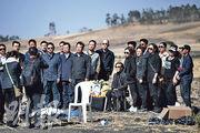 中國籍遇難乘客的家屬上周五在埃塞俄比亞墜機現場致祭。(法新社)