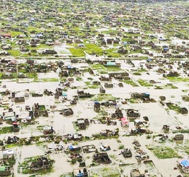 周一的航拍照片顯示,莫桑比克城市貝拉成為澤國。(網上圖片)