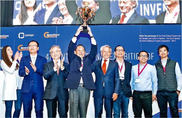 總部在香港科學園的創科公司「皓智能源」,憑「WATMAR3水性製造及回收電池技術」,在今年的日內瓦國際發明展中獲得全場最高榮譽大獎。(香港發明創新總會提供)