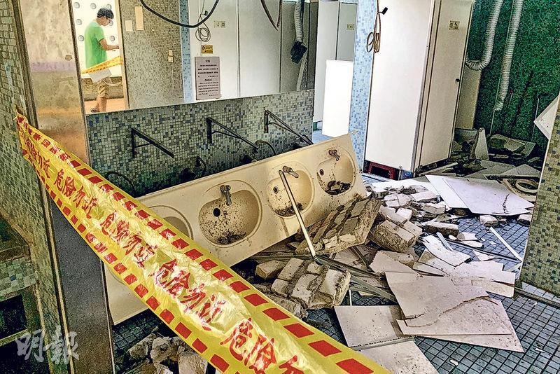 花蓮昨日發生6.1級地震,全台有震感。圖為台北一高校在地震中損壞的洗手間。(路透社)