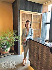 大劉太太、華置執董陳凱韻(甘比)自2017年上任華置執行董事,她昨日首次現身公司股東周年大會。