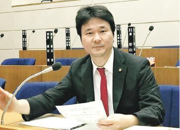 早前被香港拒絕入境的日本市議員和田健一郎(圖)今日會參加在東京的反修例聲援活動。他說擔心在《逃犯條例》修訂後,到香港工作或是旅遊的日本人會因不實的指控而被移交中國。(和田健一郎fb圖片)