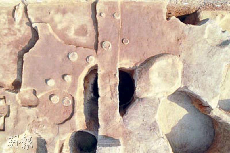 河南鄭州青台遺址近日發掘出「北斗九星」遺蹟,專家確認為5000多年前仰韶文化中期的天文遺蹟。(網上圖片)