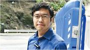 議會陣線立法會議員區諾軒昨日完成保釋,在秀茂坪警署外見記者。他批評警方拘捕他時拒絕讓他聯絡律師是不合理。(衛永康攝)